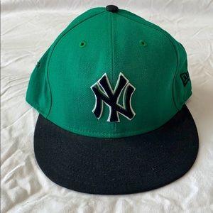 NY Yankees Baseball New Era 59 Fifty Fit Hat 7 1/8